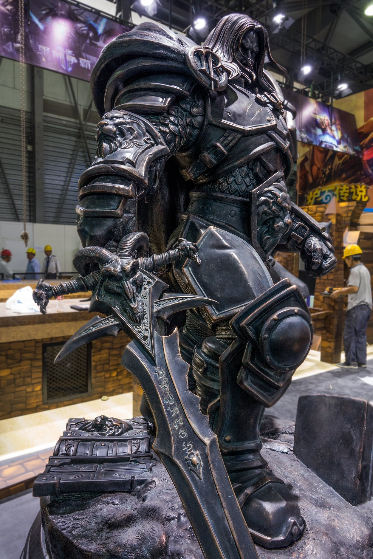 Estátua do Arthas na ChinaJoy 2019 - 03